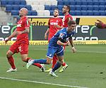 Torjubel des Torschützen Christoph Baumgartner (TSG 1899 Hoffenheim)<br /> <br /> Foto: POOLFOTO/Avanti/Ralf Poller/PIX-Sportfotos.<br /> TSG 1899 Hoffenheim-1. FC Koeln.<br /> Sinsheim,  GER, 27.05.2020 , 28. Spieltag , Fussball 1. Bundesliga 2019/2020.<br /> <br /> Sport: Fussball: LIGA: Saison 19/20: TSG 1899 Hoffenheim- 1.FC Koeln, 27.05.2020.<br /> Foto: RALF POLLER/AVANTI/POOL<br /> <br /> Nur für journalistische Zwecke! Only for editorial use! <br /> Gemäß den Vorgaben der DFL Deutsche Fußball Liga ist es untersagt, in dem Stadion und/oder vom Spiel angefertigte Fotoaufnahmen in Form von Sequenzbildern und/oder videoähnlichen Fotostrecken zu verwerten bzw. verwerten zu lassen. DFL regulations prohibit any use of photographs as image sequences and/or quasi-video.