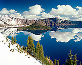 USA, Oregon, snowcapped mountains, Crater Lake National Park