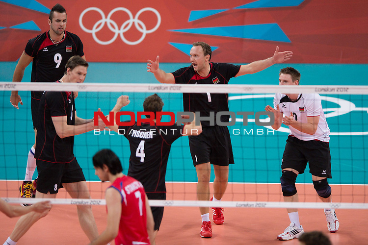 02.08.2012, Earls Court, London, Great Britain, Olympische Sommerspiele 2012, Volleyball, Vorrunde, Deutschland (GER) vs. Serbien (SRB), im Bild Jubel Deutschland - Georg Grozer (#9 GER / Belgorod RUS), Marcus B&ouml;hme / Boehme (#8 GER), Simon Tischer (#4 GER / Wegiel POL), Marcus Popp (#1 GER / Tours FRA), Markus Steuerwald (#2 GER / Paris FRA)<br /> <br /> Foto &copy; nph / Kurth