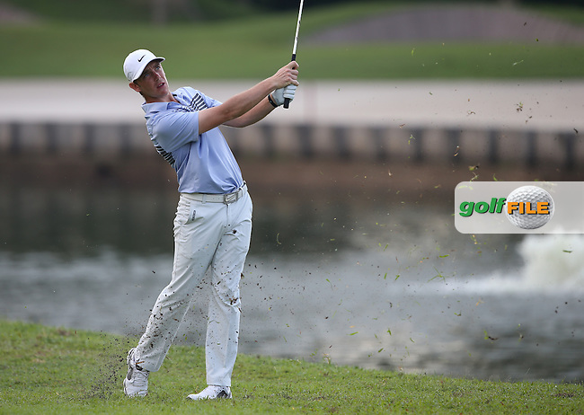 Disappointing day for Tommy Fleetwood (ENG) as he could only shoot as low a 69 and T8 during the Final Round of the The Championship 2014 from the Laguna National Golf & Country Club, Tampines, Singapore. Picture:  David Lloyd / www.golffile.ie