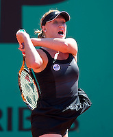 Elena Baltacha (GBR) against Agnieszka Radwanska (POL) (8) in the first round of the women's singles. Agnieszka Radwanska beat Elena Baltacha 6-0 7-5..Tennis - French Open - Day 2 - Mon 24 May 2010 - Roland Garros - Paris - France..© FREY - AMN Images, 1st Floor, Barry House, 20-22 Worple Road, London. SW19 4DH - Tel: +44 (0) 208 947 0117 - contact@advantagemedianet.com - www.photoshelter.com/c/amnimages