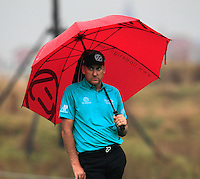 Ian Poulter (ENG) on the 1st green during Thursday's Round 1 of the 2014 BMW Masters held at Lake Malaren, Shanghai, China 30th October 2014.<br /> Picture: Eoin Clarke www.golffile.ie