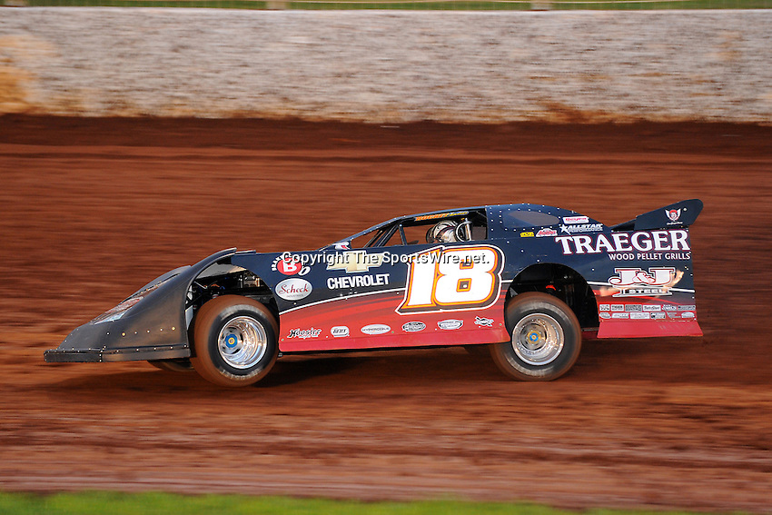Circle K Colossal 100 at the Dirt Track at Lowe?s Motor Speedway.