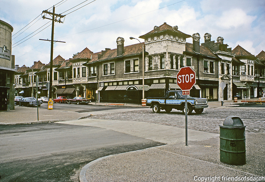 St. Louis: Intersection of Euclid and Maryland Plaza. Photo '78.