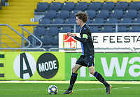 20191022 – OOSTENDE , BELGIUM : Brugge's Maxim De Cuyper pictured during a soccer game between Club Brugge KV and Paris Saint-Germain ( PSG )  on the third matchday of the UEFA Youth League – Champions League season 2019-2020 , thuesday  22 th October 2019 at the Versluys Arena in Oostende  , Belgium  .  PHOTO SPORTPIX.BE   DAVID CATRY