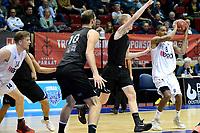 GRONINGEN - Basketbal, Donar - BSW Weert, Martiniplaza,  Dutch Basketball League, seizoen 2017-2018, 28-10-2017,  Donar speler Jason Dourisseau zoekt een afspeelmogelijkheid