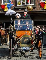 De Boerenbruiloft optocht tijdens Carnaval in Venlo. Sinds het begin van de 20ste eeuw wordt in Venlo een Boerebroelof georganiseerd  op Vastenavond, de dinsdag van de carnaval. Er worden dan 2 echtelieden in de onecht verbonden. Iedereen is dan verkleed als boerenbruid of boerenbruidegom.