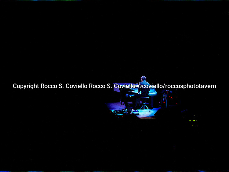 This digital file was made at .AutumnColor Digital Imaging.Dedicated to the special needs of fine artists.(800) 533-5050 Bruce Springsteen and the E' Street Band Bruce Springsteen and the E Street Band