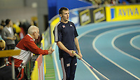 Photo: Ady Kerry/Richard Lane Photography.. Aviva European Trials and UK Championships, 15/02/2009..Pole vault coaching during the competiton.