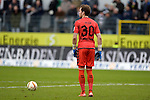 GER - Sandhausen, Germany, March 19: During the 2. Bundesliga soccer match between SV Sandhausen (white) and FC ST. Pauli (grey) on March 19, 2016 at Hardtwaldstadion in Sandhausen, Germany. (Photo by Dirk Markgraf / www.265-images.com) *** Local caption *** Robin Himmelmann #30 of FC St. Pauli