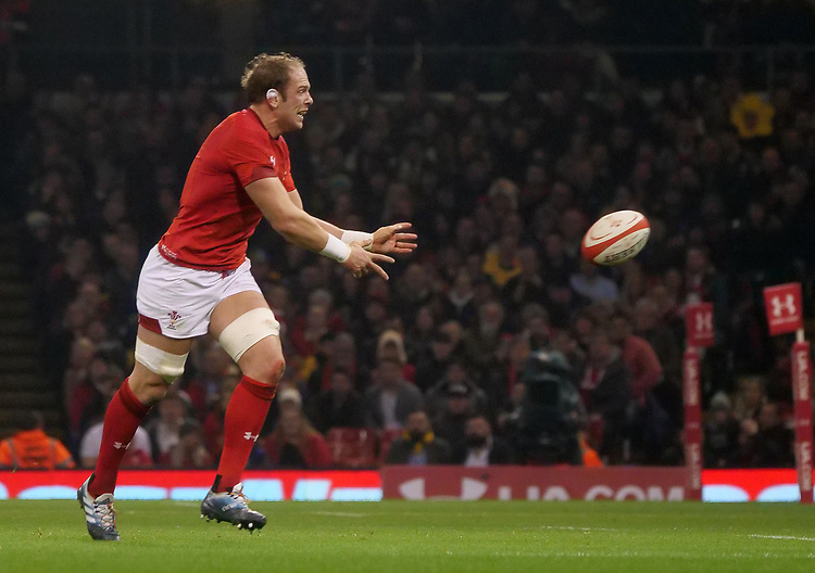 Wales' Alun Wyn-Jones offloads <br /> <br /> Photographer Ian Cook/CameraSport<br /> <br /> Under Armour Series Autumn Internationals - Wales v South Africa - Saturday 24th November 2018 - Principality Stadium - Cardiff<br /> <br /> World Copyright © 2018 CameraSport. All rights reserved. 43 Linden Ave. Countesthorpe. Leicester. England. LE8 5PG - Tel: +44 (0) 116 277 4147 - admin@camerasport.com - www.camerasport.com