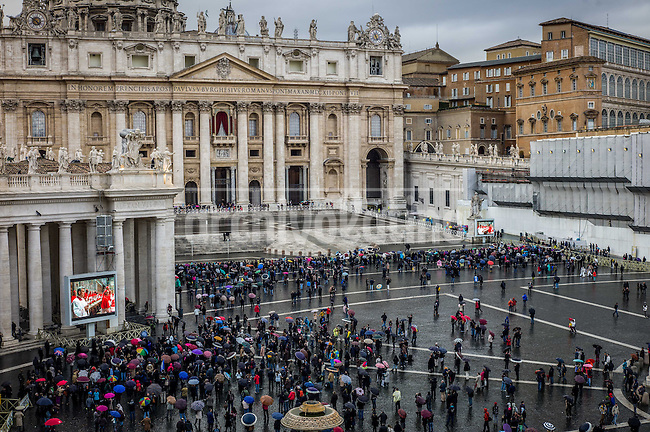 First day at the Vatican San Peter´s square while the cardinals are gathered to choose a new Pope of the Roman Catholic Church to replace Benedict XVI