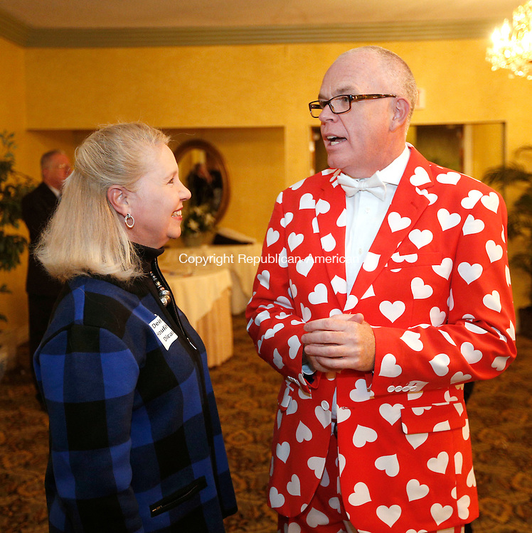"""Torrington, CT- 10 November 2016-111016CM08- Deirdre Houlihan DiCara, director at FISH (Friends in Service to Humanity) chats with Jeffrey Geddes, campaign chairman,  during a United Way of Northwest Connecticut fundraiser at Chatterley's Banquet Facility in Torrington on Thursday.  This year's theme was """"Give from the heart; change the future"""" and the United way of Northwest Connecticut is looking to raise $800,000.    Christopher Massa Republican-American"""