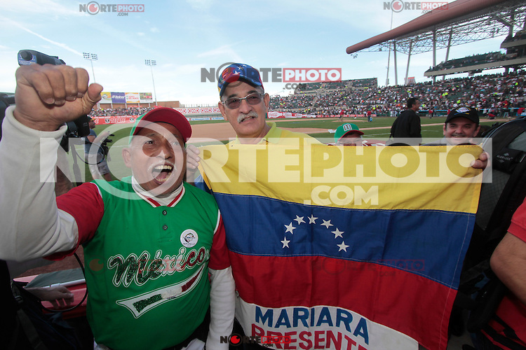 .durante  la Serie del Caribe 2013  de Beisbol,  Mexico  vs venezuela,  en el estadio Sonora el 3 de febrero de 2013 en Hermosillo..©(foto:Baldemar de los Llanos/NortePhoto)........During the game of the Caribbean series of Baseball 2013 between Mexico  vs  çvenezuela . .©(foto:Baldemar de los Llanos/NortePhoto).http://mlb.mlb.com/mlb/events/winterleagues/league.jsp?league=cse