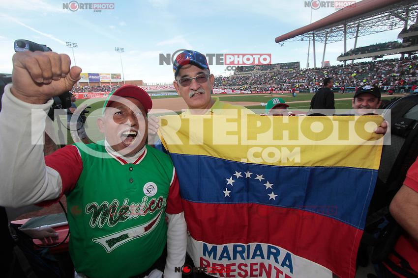 .durante  la Serie del Caribe 2013  de Beisbol,  Mexico  vs venezuela,  en el estadio Sonora el 3 de febrero de 2013 en Hermosillo..©(foto:Baldemar de los Llanos/NortePhoto)........During the game of the Caribbean series of Baseball 2013 between Mexico  vs  çvenezuela . .©(foto:Baldemar de los Llanos/NortePhoto).http://mlb.mlb.com/mlb/events/winterleagues/league.jsp?league=cse