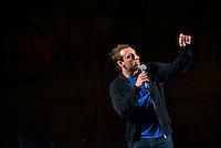 BARRETOS, SP, 25 MAIO 2013 - VIRADA PAULISTA - O humorista Leo Lins durante show de Stand Up na Virada Paulista na cidade de Barretos interior do Estado de São Paulo na noite desta sábado, 25. (FOTO: GUILHERME SOARES / BRAZIL PHOTO PRESS).