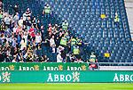Solna 2014-08-13 Fotboll Allsvenskan AIK - Djurg&aring;rdens IF :  <br /> AIK:s supportrar och ordningsvakter p&aring; en tom l&auml;ktarsektion i samband med ett br&aring;k med Djurg&aring;rdens supportrar innan avspark<br /> (Foto: Kenta J&ouml;nsson) Nyckelord:  AIK Gnaget Friends Arena Allsvenskan Derby Djurg&aring;rden DIF supporter fans publik supporters