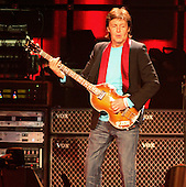 Nov 29, 2005: PAUL MCCARTNEY - Staples Center Hollywood CA USA