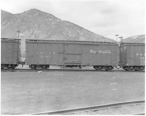 Side view of box car #3707.<br /> D&amp;RGW