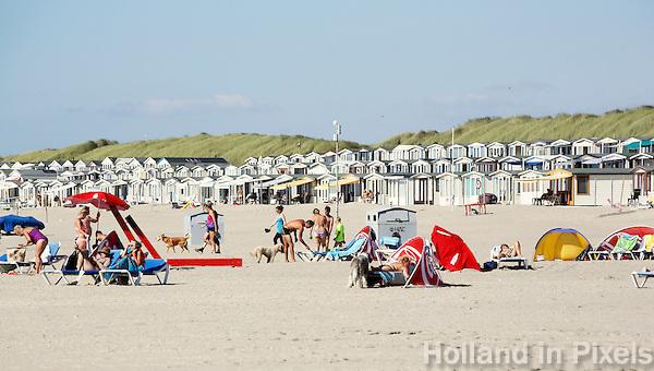 Nederland IJmuiden 2016. Strandhuisjes in IJmuiden. Foto Berlinda van Dam / Hollandse Hoogte