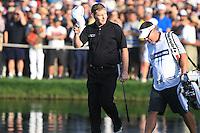 Stephen Gallacher (SCO) walks onto the 18th green during Sunday's Final Round of the 2012 Omega Dubai Desert Classic at Emirates Golf Club Majlis Course, Dubai, United Arab Emirates, 12th February 2012(Photo Eoin Clarke/www.golffile.ie)
