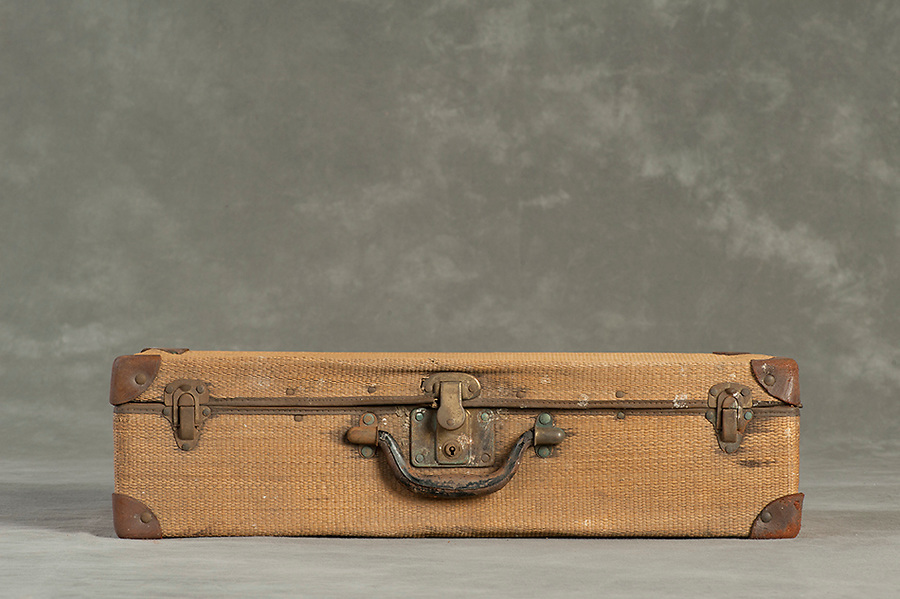 Willard Suitcases / Charles R / site upload