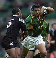 25/05/2002 (Saturday).Sport -Rugby Union - London Sevens.New Zealand vs South Africa (Final) .New Zealand winning final[Mandatory Credit, Peter Spurier/ Intersport Images].