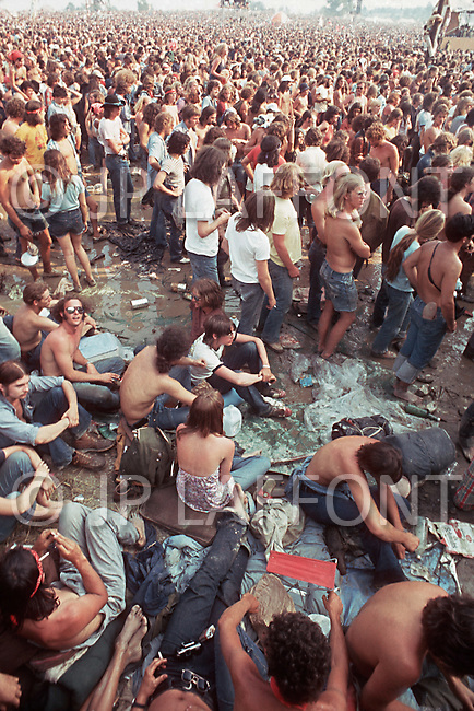Watkins Glen, New York, July 28 of 1973. More than 600,000 young people gathered into the Watkins Glen Grand Prix Raceway for a single-day festival known as the Summer Jam. Among the performing bands were the Grateful Dead, the Allman Brothers, and the Band.