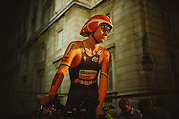 Before Start - in search of confirms - Megan Guarnier
