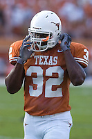09 September 2006: Texas player Eddie Jones pauses between warmups prior to the Longhorns 24-7 loss to the Ohio State Buckeyes at Darrell K Royal Memorial Stadium in Austin, TX.