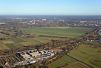 Oberbillwerder und Gleisdreieck: EUROPA, DEUTSCHLAND, HAMBURG 02.12.2016: Oberbillwerder und Gleisdreieck, neue Bebauung am mittleren Landweg und zur Planung anstehende Fläche Oberbillwerder