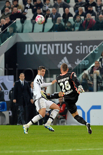02.04.2016. Juventus Stadium, Turin, Italy. Serie A Football. Juventus versus Empoli. Lukasz Skorupski clears the ball away as Alvaro Morata breaks through
