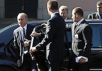 Russian President  Vladimir Putin (L) on 23/11/2004