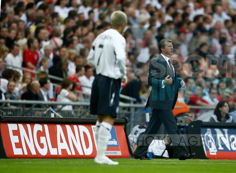England manager Steve McClaren and David Beckham..International Friendly..England v Brazil..1st June, 2007..--------------------..Sportimage +44 7980659747..admin@sportimage.co.uk..http://www.sportimage.co.uk/