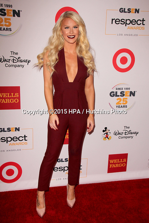 LOS ANGELES - OCT 23:  Gigi Gorgeous at the 2015 GLSEN Respect Awards at the Beverly Wilshire Hotel on October 23, 2015 in Beverly Hills, CA