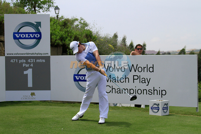 Rory McIlroy (N.IRL) teeing off on the 1st tee during Day 1 of the Volvo World Match Play Championship in Finca Cortesin, Casares, Spain, 19th May 2011. (Photo Eoin Clarke/Golffile 2011)