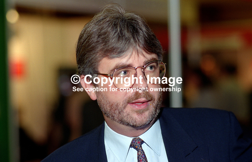 Keith Bradley, MP, UK, Labour Party, 199509112..Copyright Image from Victor Patterson, 54 Dorchester Park, Belfast, UK, BT9 6RJ..Tel: +44 28 9066 1296.Mob: +44 7802 353836.Voicemail +44 20 8816 7153.Skype: victorpattersonbelfast.Email: victorpatterson@me.com.Email: victorpatterson@ireland.com (back-up)..IMPORTANT: If you wish to use this image or any other of my images please go to www.victorpatterson.com and click on the Terms & Conditions. Then contact me by email or phone with the reference number(s) of the image(s) concerned.