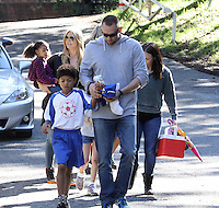 Heidi Klum, Martin Kristen and her kids are enjoying a day out at the park - Los Angeles