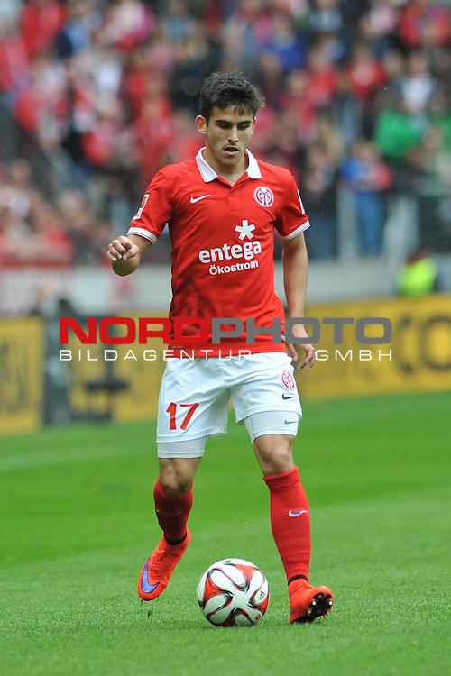 03.05.2015, cofacearena, Mainz, GER, FSV Mainz 05 vs. Hamburger SV, im Bild: Jairo Samperio (#17, FSV Mainz)<br /> <br /> Foto &copy; nordphoto / Fabisch