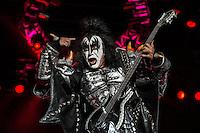 CIUDAD DE MEXICO, D.F. 25 de octubre.- El grupo de rock Kiss en el festival de música Hell and Heaven en el Autódromo Hermanos Rodríguez de la Ciudad de México, el 25 de octubre de 2014.  FOTO: ALEJANDRO MELÉNDEZ