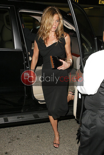 """Jennifer Aniston<br />at the GQ Magazine's 10th Anniversary """"Men of the Year"""" Issue Release Party, Mr. Chow's, Beverly Hills, CA 12-01-05<br />Jason Kirk/DailyCeleb.com 818-249-4998"""