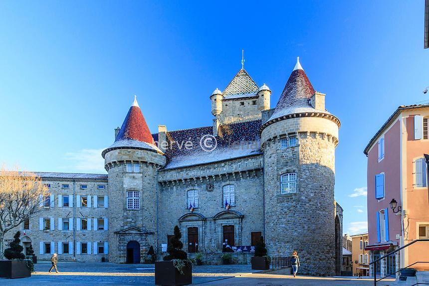 France, Ardèche (07), Aubenas, le château d'Aubenas en hiver // France, Ardeche, Aubenas, the castle in winter