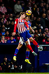 Antoine Griezmann of Atletico de Madrid heads the ballduring the La Liga 2018-19 match between Atletico de Madrid and Athletic de Bilbao at Wanda Metropolitano, on November 10 2018 in Madrid, Spain. Photo by Diego Gouto / Power Sport Images