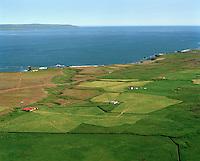 Krossavík séð til norðausturs. Hellisfjörubakkkar á fjörukambin í bakgrunni. Vopnafjarðarhreppur  /  Krossavik viewing northeast. Hellisfjorubakkar in background at the seaside. Vopnafjardarhreppur.