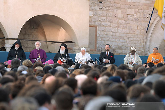 "Archbishop of Canterbury Rowan Douglas Williams, the archbishop of Constantinople Bartelomeo I, Pope Benedict XVI, the representative for Israel rabbi, Rabbi David Rosen, the President and Founder of the Ifa Heritage Institute Professor Wande Abimbola and the representative for the Hinduism religioon Acharya Shri Shrivasta Goswani attend the opening of the interreligious talks on October 27, 2011 Pope Benedict XVI will lead during the day the 25th Interreligious talks, a ""journey of reflection, dialogue and prayer for peace and justice in the world"" held in St. Francis of Assisi's birthplace, with four leading atheist intellectuals taking part for the first time."
