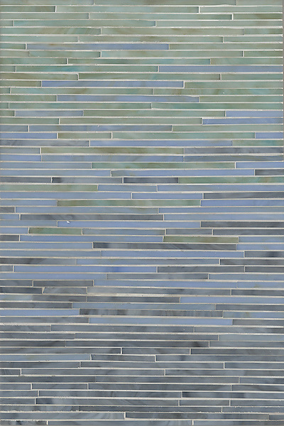 Tatami Mist, a jewel glass mosaic, is shown in glass Aquamarine, Labradorite and Chalcedony.