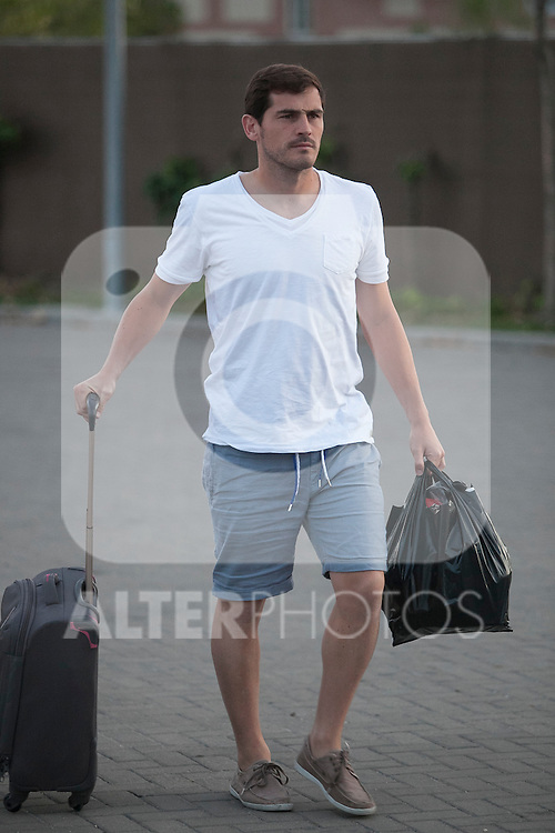 Iker Casillas arrives at Soccer City training facility for a Spanish soccer team concentration meeting in Las Rozas, near Madrid, Spain. September  01, 2015. (ALTERPHOTOS/Victor Blanco)