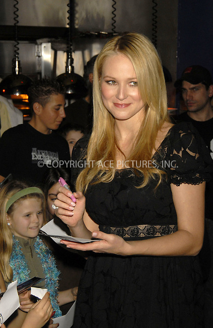 WWW.ACEPIXS.COM . . . . . ....January 6, 2007, New York City. ....Jewel and Freddie Highmore Visit Planet Hollywood to promote the movie' Arthur and The Invisibles'. ....Please byline: KRISTIN CALLAHAN - ACEPIXS.COM.. . . . . . ..Ace Pictures, Inc:  ..(212) 243-8787 or (646) 769 0430..e-mail: info@acepixs.com..web: http://www.acepixs.com