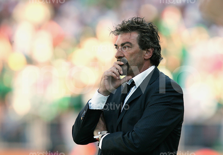 Fussball WM 2006  Gruppenspiel  Vorrunde 1  Gruppe D Mexiko 3-1 Iran MEX Trainer Ricardo La Volpe