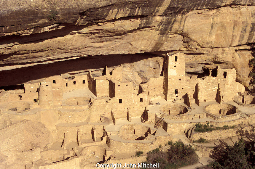 Cliff Palace Anasazi ruins, Mesa Verde National Park, Colorado, U.S.A.
